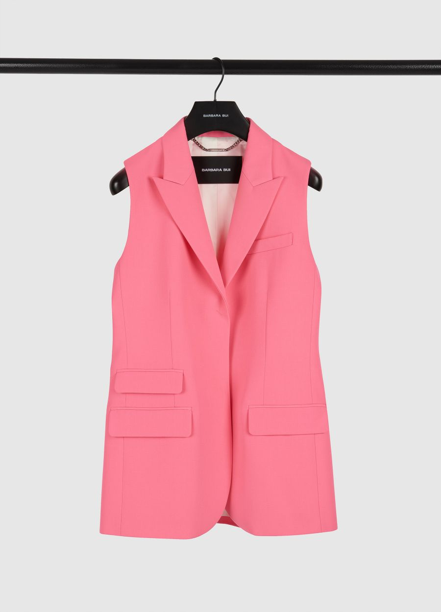 Sleeveless crepe tailored jacket
