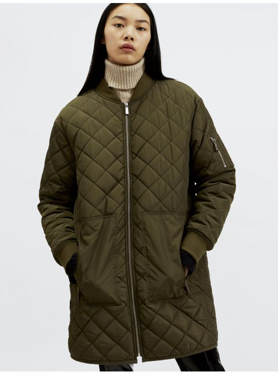 Long quilted bomber coat