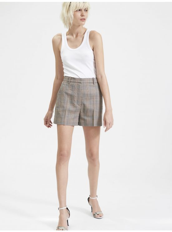 Short tailoring à carreaux
