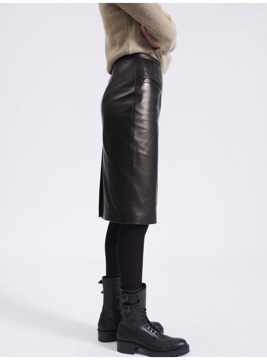 Lambskin leather pencil skirt