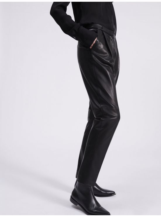 Leather dart trousers
