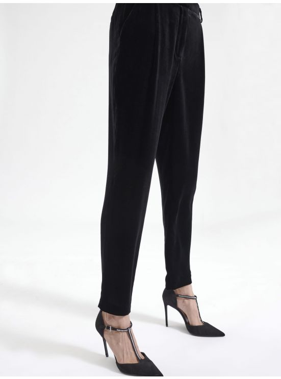 7/8 straight-cut velvet trousers