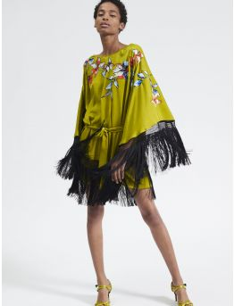 Embroidered kaftan with fringes